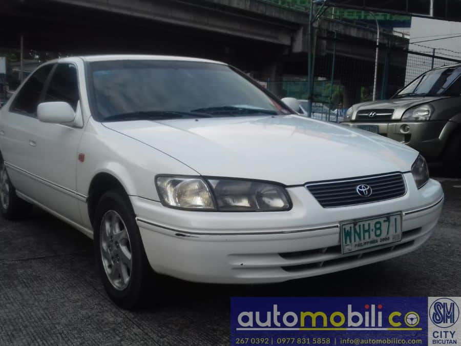 2000 Toyota Camry - Right View