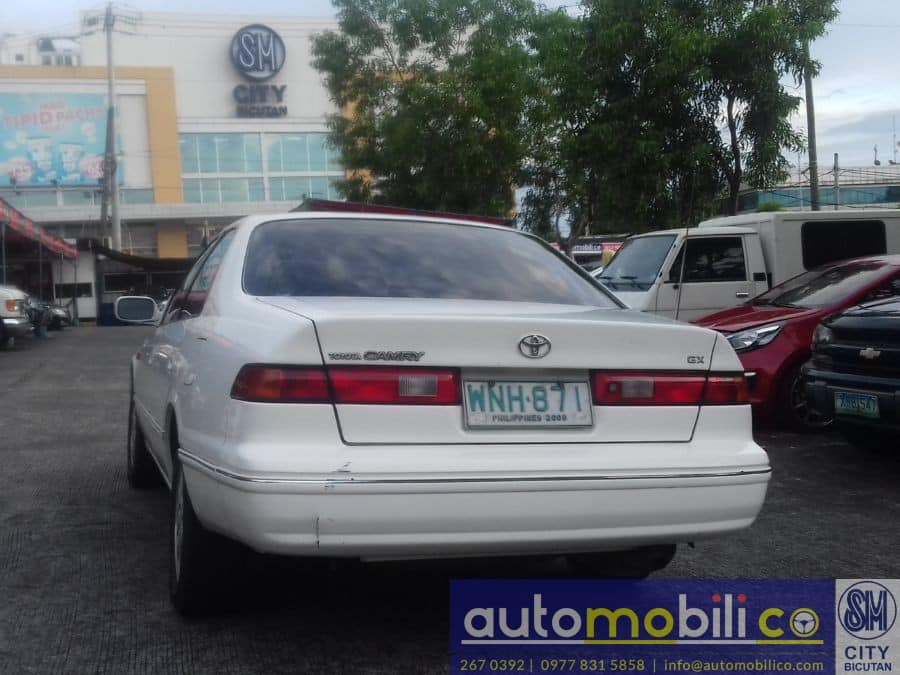 2000 Toyota Camry - Rear View