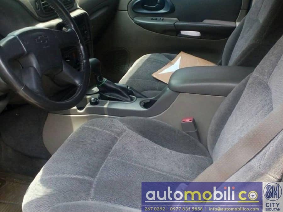 2004 Chevrolet Trailblazer - Interior Front View