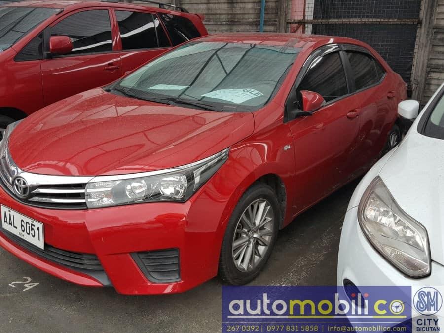 2014 Toyota Corolla Altis - Right View