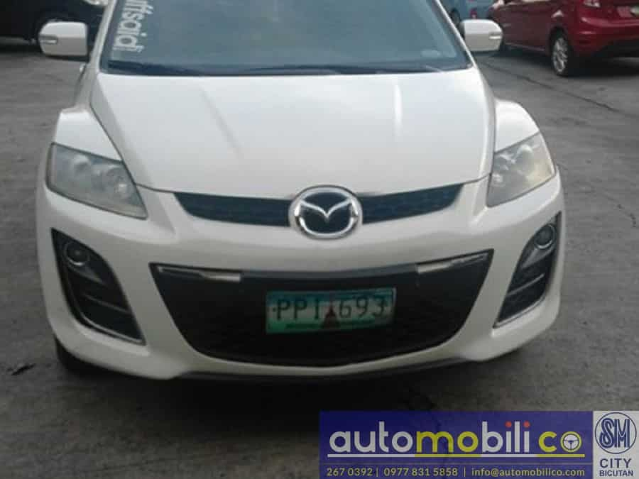 2010 Mazda CX-7 - Front View