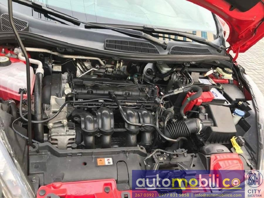2011 Ford Fiesta - Interior Rear View