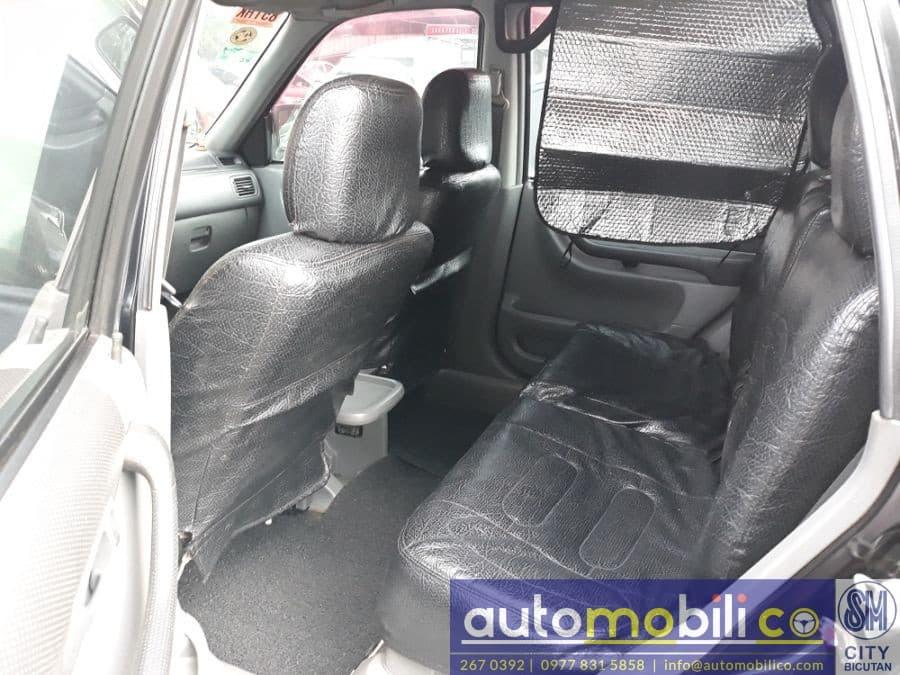 1999 Honda CR-V - Interior Front View