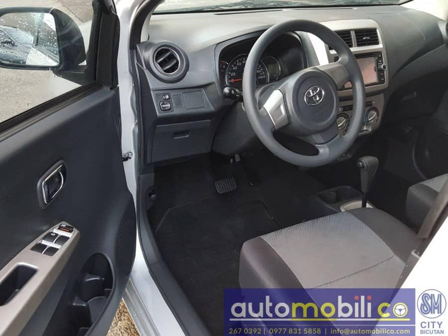 2016 Toyota Wigo - Interior Front View