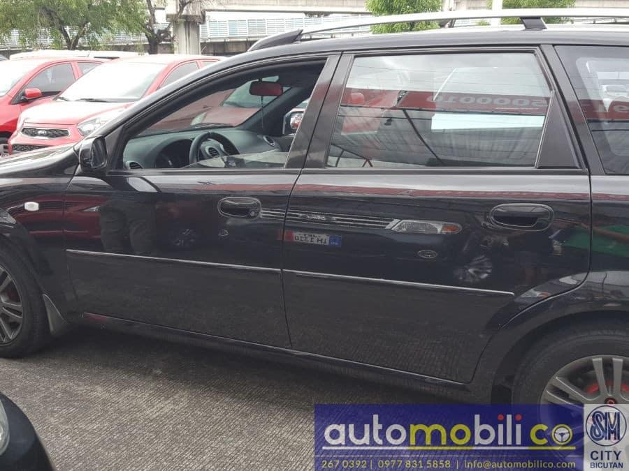 2006 Chevrolet Optra - Left View