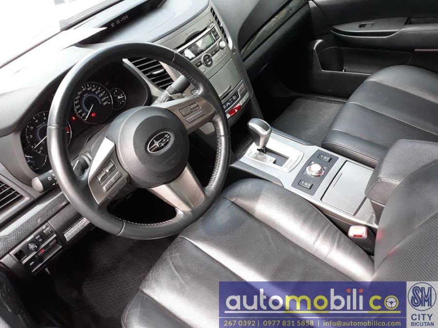 2011 Subaru Legacy - Interior Front View