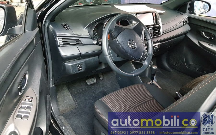 2016 Toyota Yaris - Interior Front View