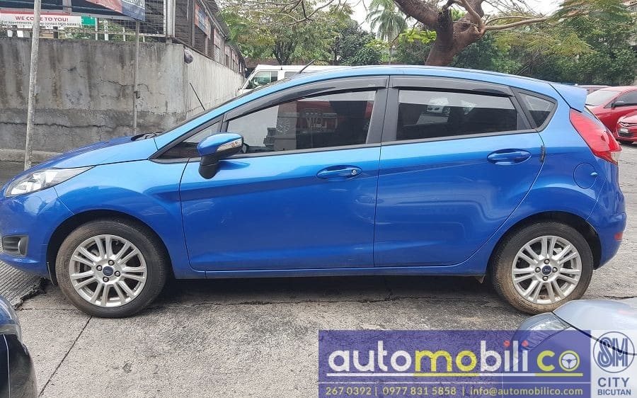 2016 Ford Fiesta - Left View