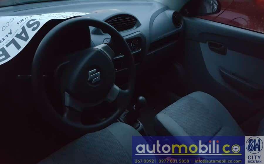 2015 Suzuki Alto - Interior Front View