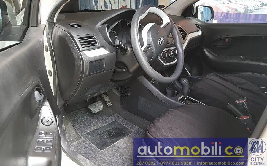 2017 Kia Picanto - Interior Front View