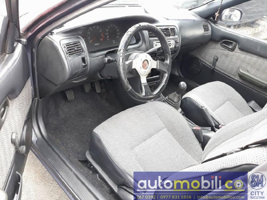 1994 Toyota Corolla - Interior Front View