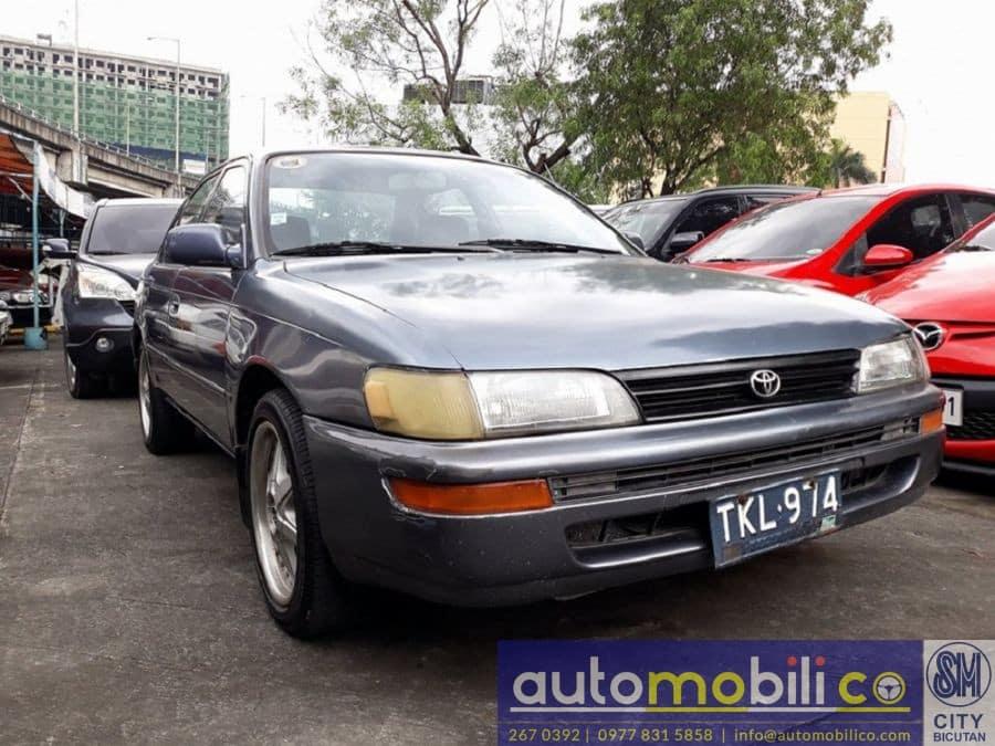 1994 Toyota Corolla - Right View