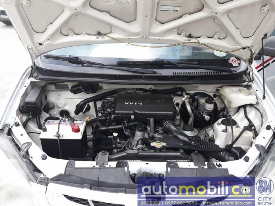 2010 Toyota Avanza - Interior Rear View