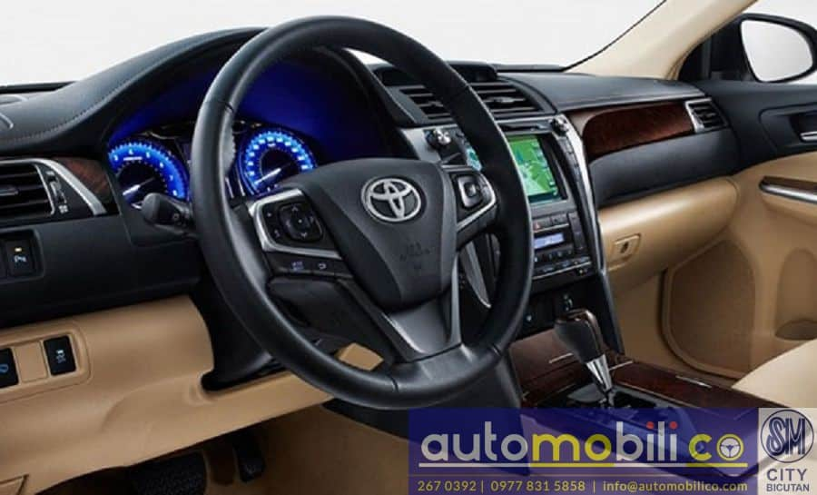 2018 Toyota Camry - Left View