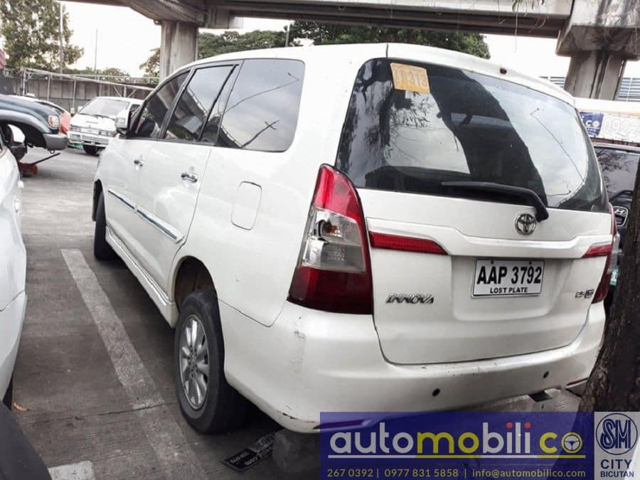 2014 Toyota Innova G - Rear View