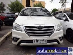 2014 Toyota Innova G - Front View