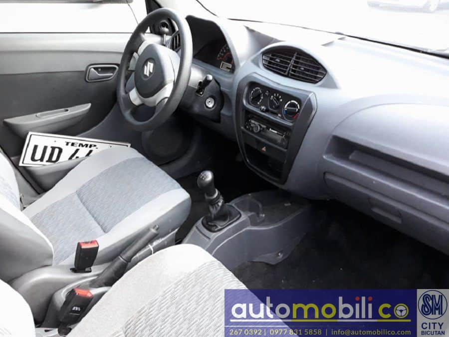 2016 Suzuki Alto - Interior Rear View