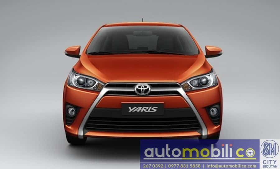 2018 Toyota Yaris - Interior Front View