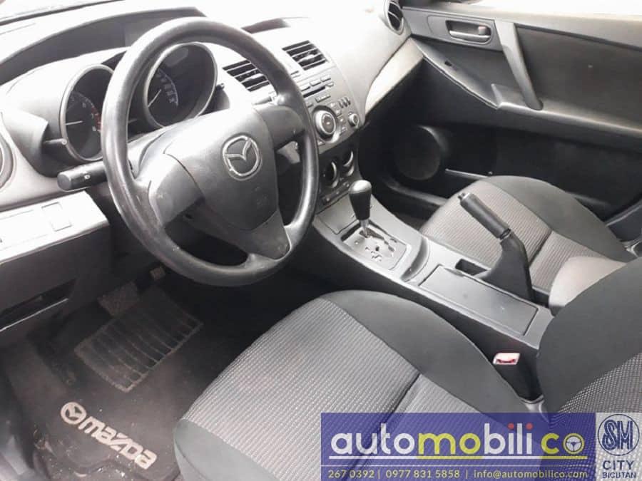 2013 Mazda 3 - Interior Rear View