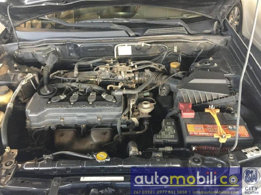 2003 Nissan Exalta - Interior Rear View