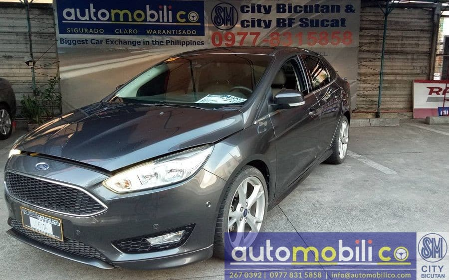2016 Ford Focus - Front View