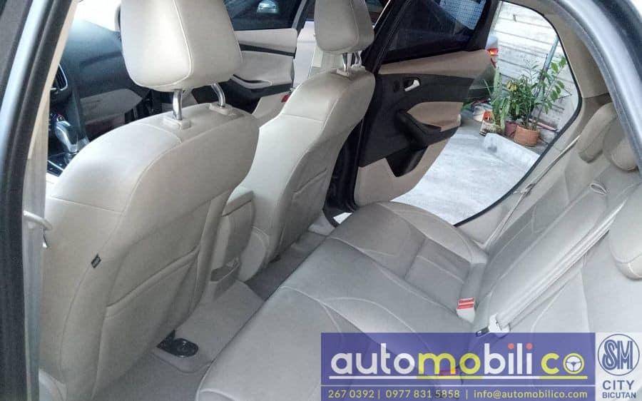 2016 Ford Focus - Interior Front View