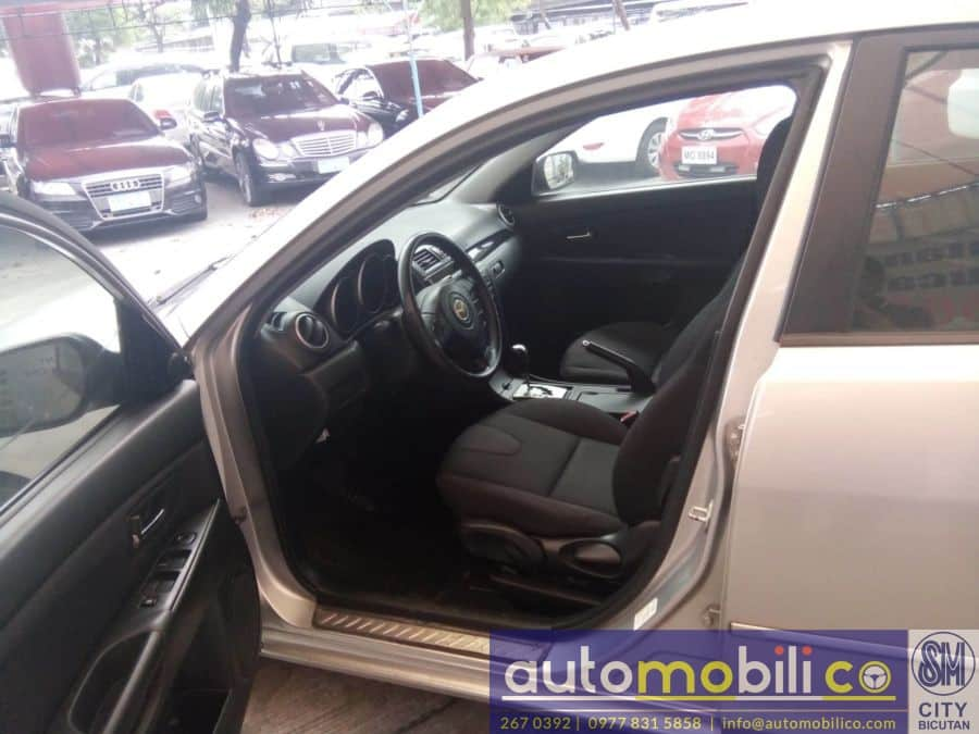 2011 Mazda 3 - Interior Front View