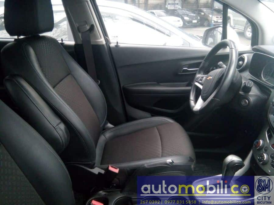 2016 Chevrolet Trax - Interior Front View