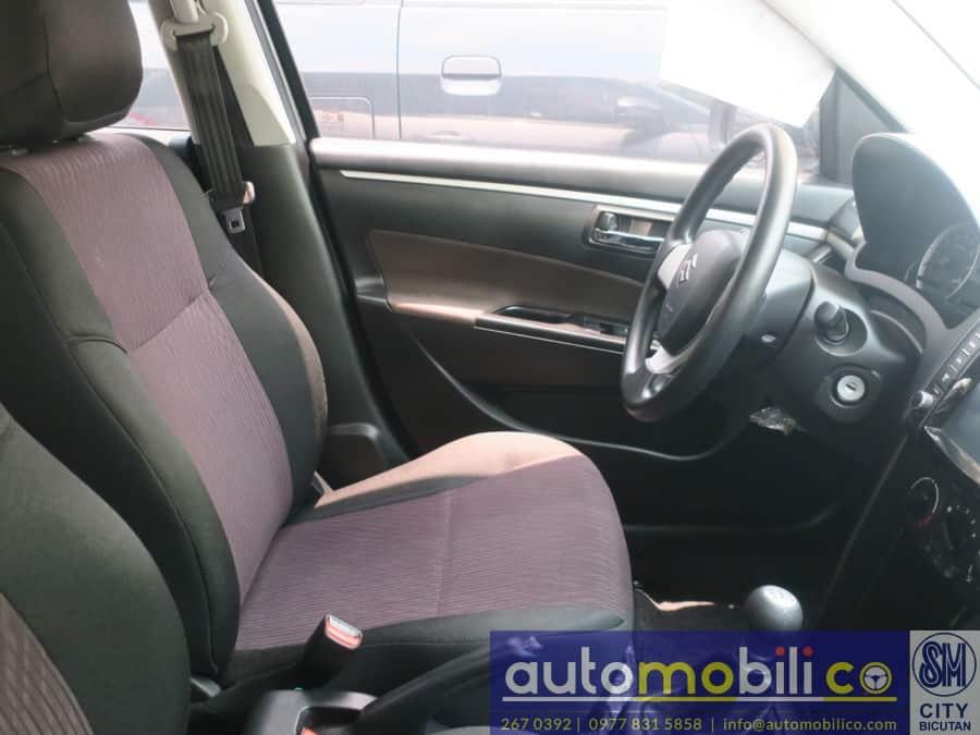 2017 Suzuki Swift - Interior Front View