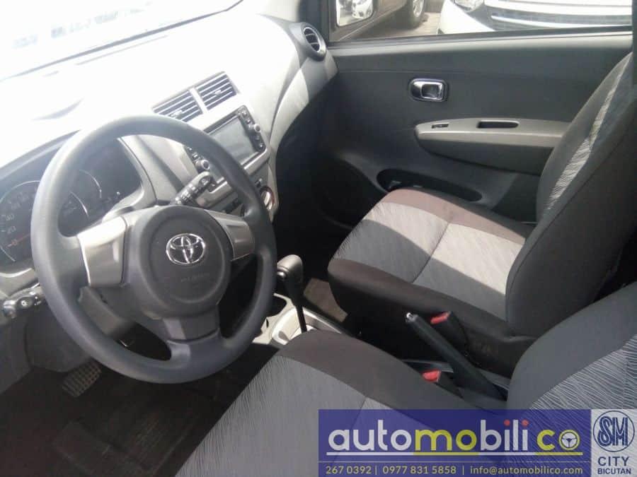 2017 Toyota Wigo - Interior Front View