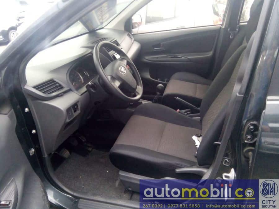 2015 Toyota Avanza - Interior Front View