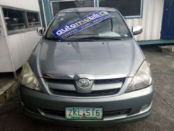 2007 Toyota Innova G - Front View