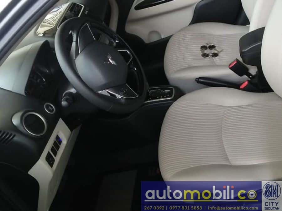 2017 Mitsubishi Mirage G4 - Interior Front View