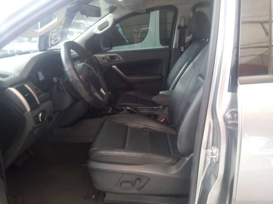 2016 Ford Everest - Interior Rear View