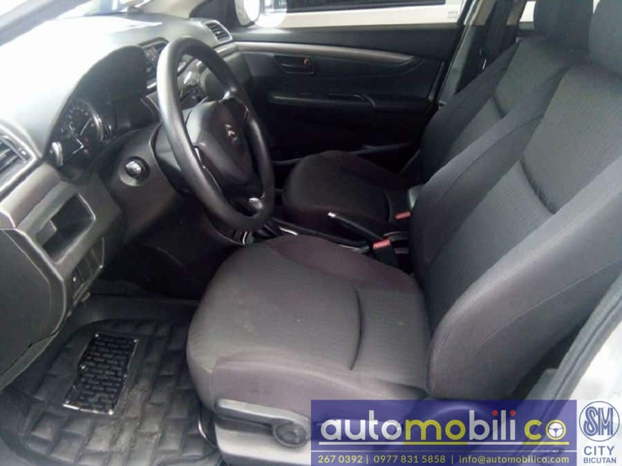 2016 Suzuki Ciaz - Interior Front View