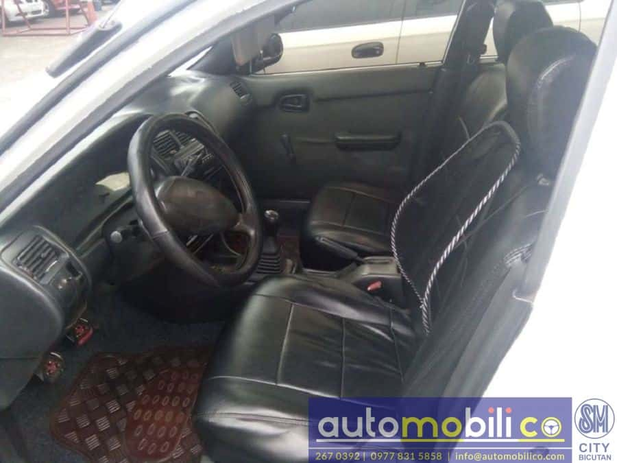 1996 Toyota Corolla - Interior Front View