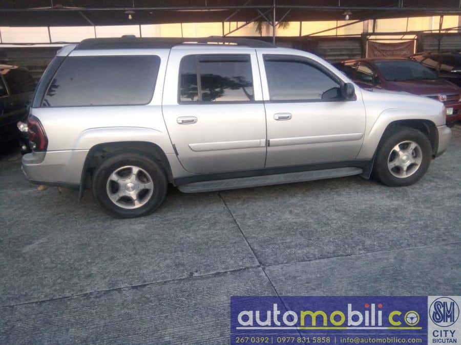 2004 Chevrolet Trailblazer - Interior Rear View
