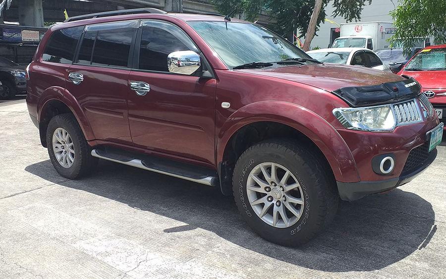 2012 Mitsubishi Montero - Left View