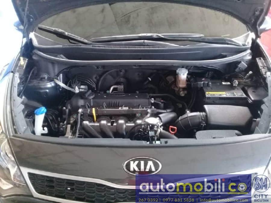 2017 Kia Rio - Interior Rear View