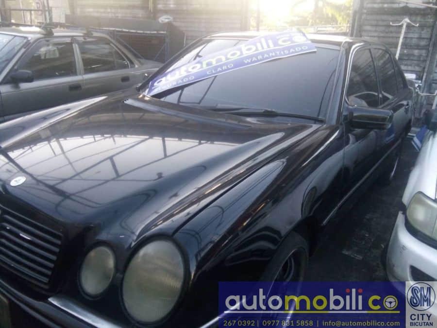 1997 Mercedes-Benz E320 - Interior Front View