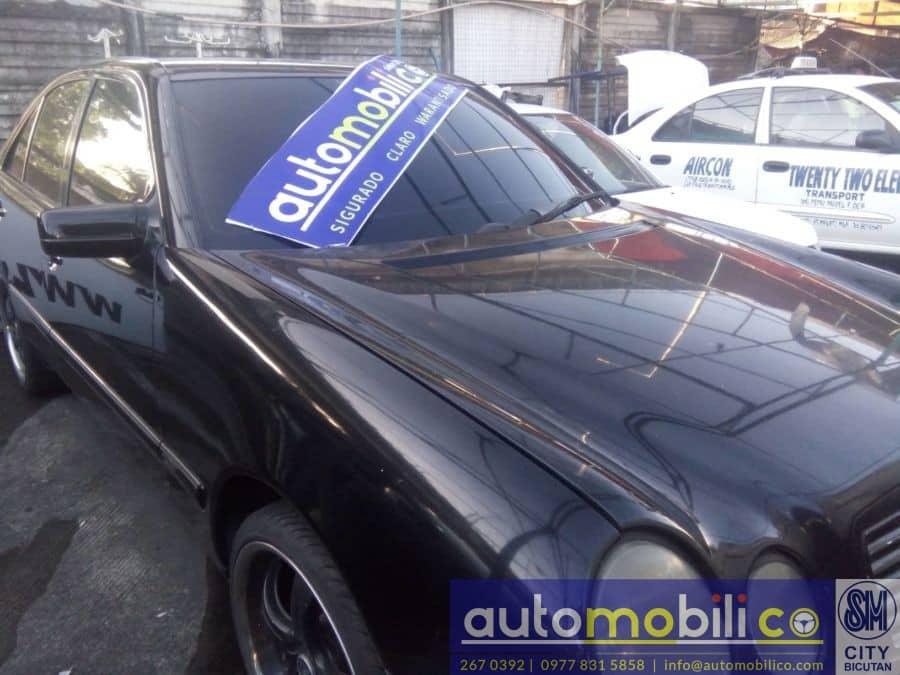 1997 Mercedes-Benz E320 - Interior Rear View
