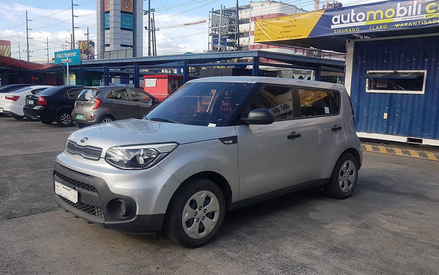 2017 Kia Soul - Right View