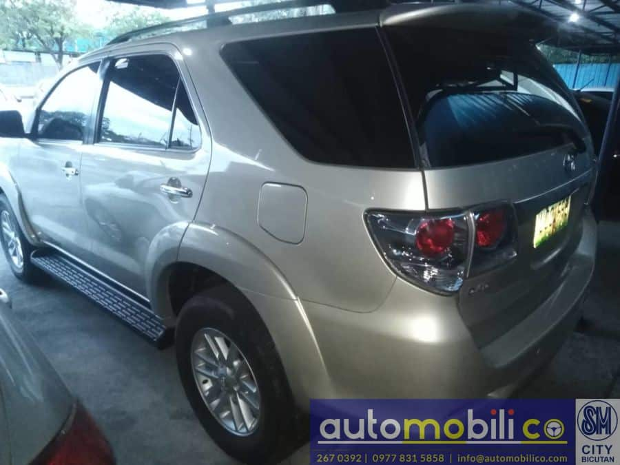 2012 Toyota Fortuner - Rear View