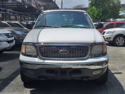 1999 Ford Expedition - Front View