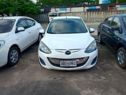 2015 Mazda 2 - Front View