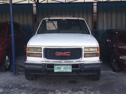 1997 GMC Suburban - Front View