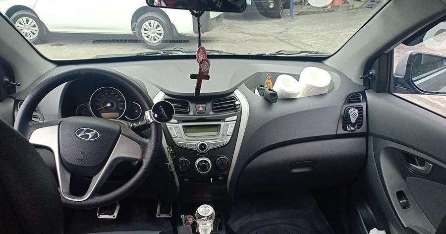 2014 Hyundai Eon GLS - Interior Front View