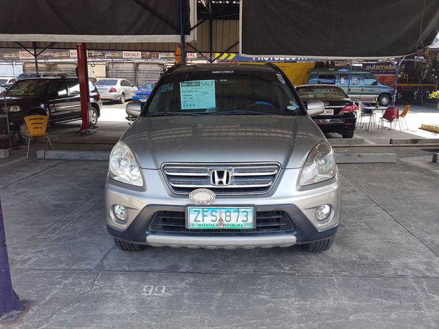 2006 Honda CR-V - Front View