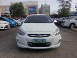2013 Hyundai Accent - Front View