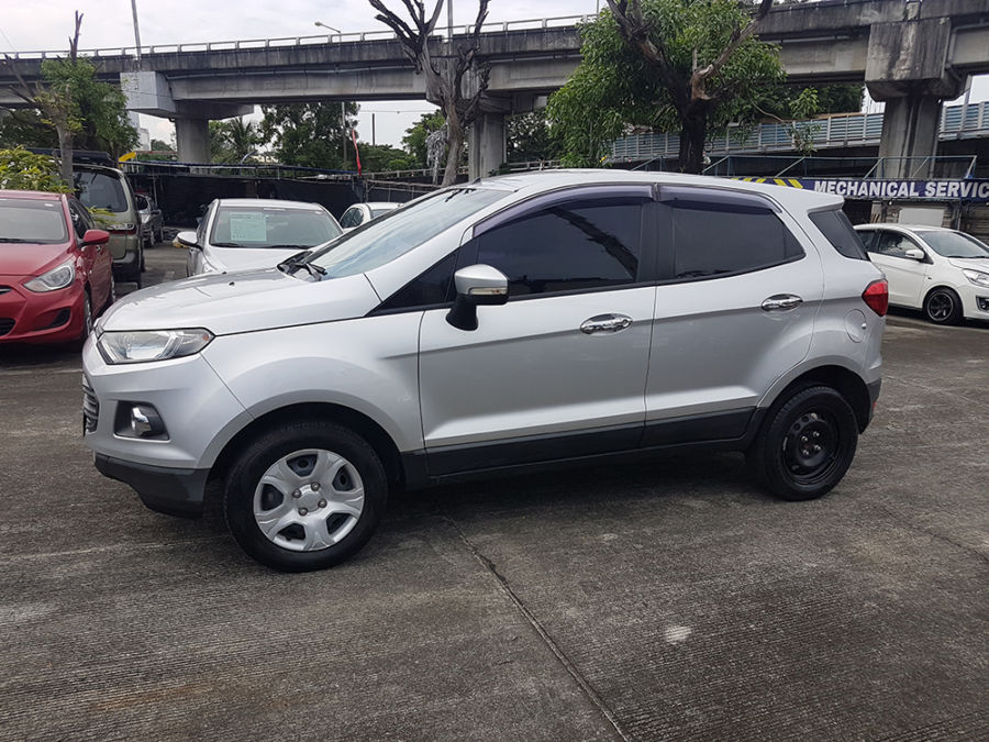 2015 Ford EcoSport - Right View